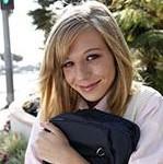 アメリカの女子高生、キャスティティー・リンのマンコに中出しw「無修正動画」