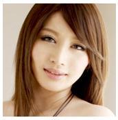 AV女優の彩季レナ